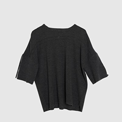 Picture of Chiffon Pleated Sleeve Detailed Tricot
