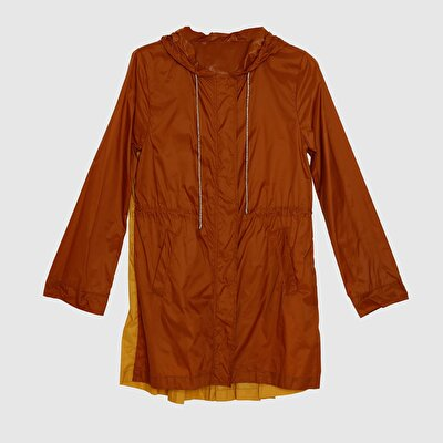 Picture of Pleat Detailed Raincoat