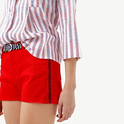 Embroidery Detailed Short