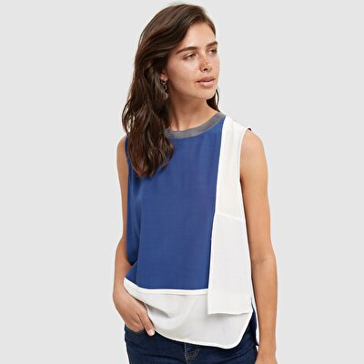 Picture of Sleeveless Crew Neck Blouse
