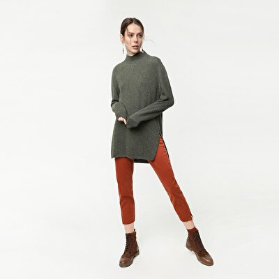 Picture of High Neck Knit