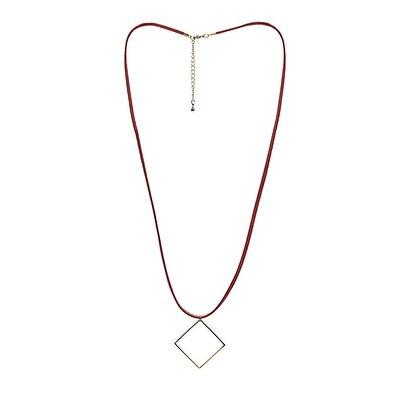 Halskette mit Metall Anhänger