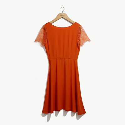 Resim Dantel Detaylı Elbise