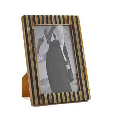 Picture of Bone Plated Photo Frame ( 10 X 15 Cm )