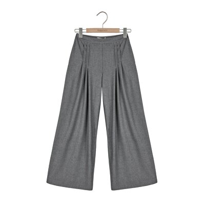 Picture of Pleat Detailed Wide Leg Trouser