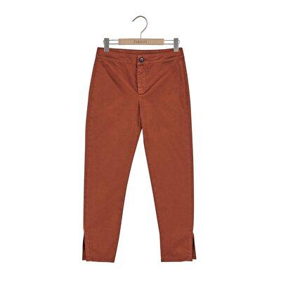 Resim Yırtmaç Detaylı Pantolon