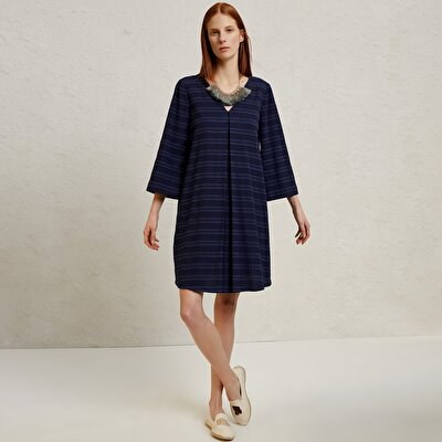 V Neck 374 Sleeve Dress