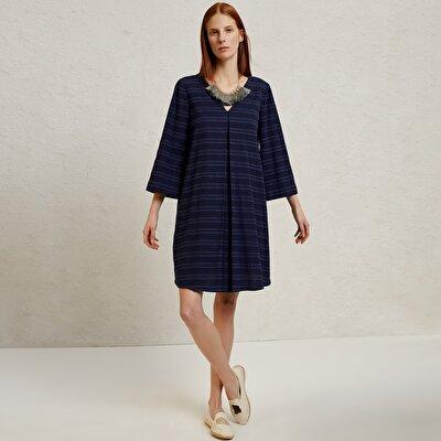 Kleid V Ausschnitt mit 3/4 Arm