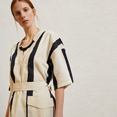 Yaka Detaylı Midi Elbise
