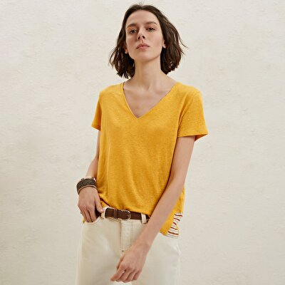 V Neck Collar Detailed T-Shirt