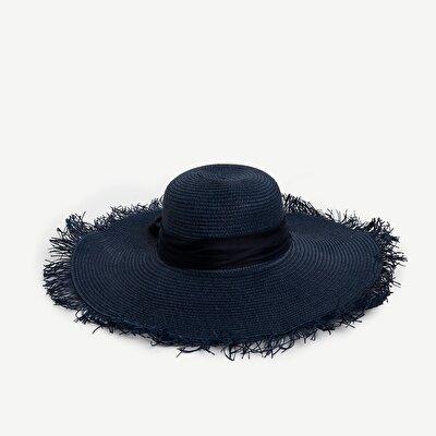 Hut mit Schleife und Quasten