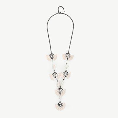 Kette weiß mit Perlen