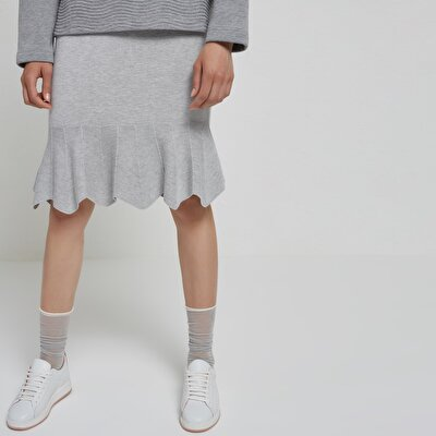 Hem Detailed Seamless Knit Skirt