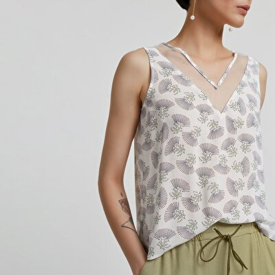 V Neck Sleeveless Blouse