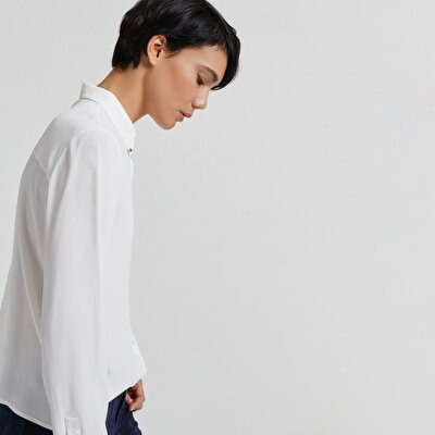 Collar Pin Detailed Shirt