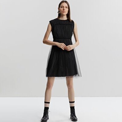 Ruffle Detailed Dress