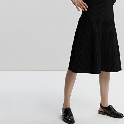 A Line Knit Skirt