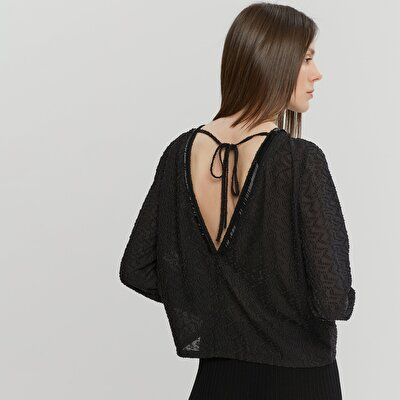 Neck Detailed Blouse