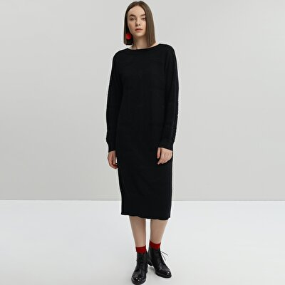 Back Detailed Knit Dress