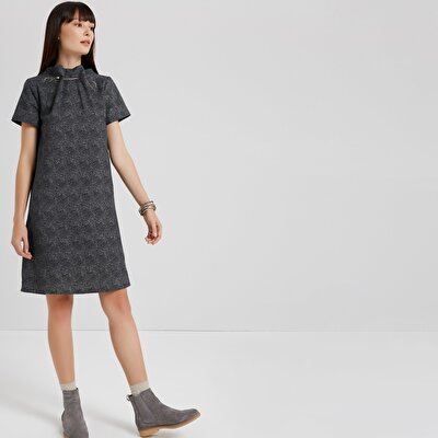 Collar Detailed Dress