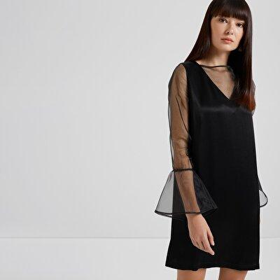Kleid mit Organza-Detail