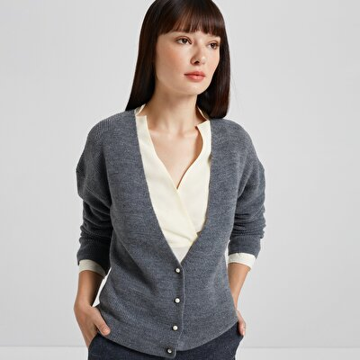 Pearl Button Detailed Knit Cardigan