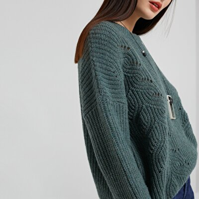 Button Detailed Knitwear