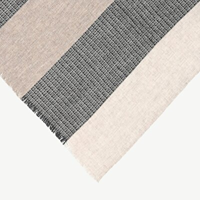 Wollschal mit minimalem Design