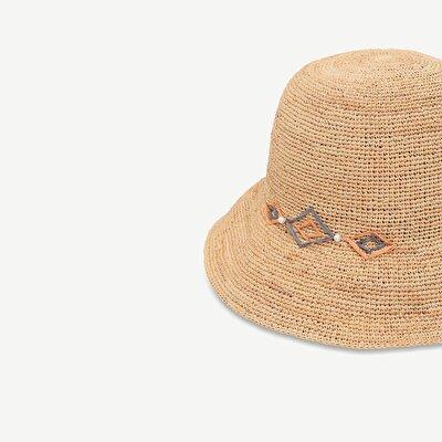 Geometrik Desenli Kloşe Şapka