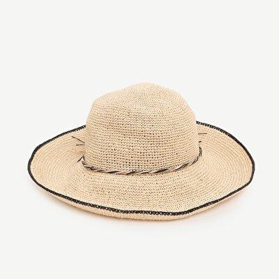 Siyah Püskül Top  Detaylı Kloşe Şapka
