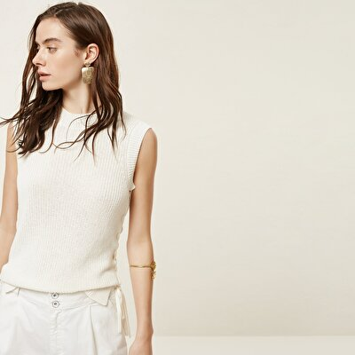 Lace Up Detailed Sleeveless Knitwear