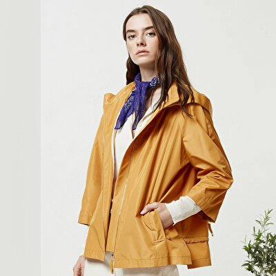 Zipper Detailed Raincoat