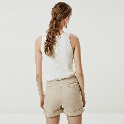 Apoulette Detailed Short