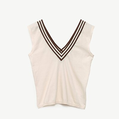 Sleeveless V Neck Knitwear