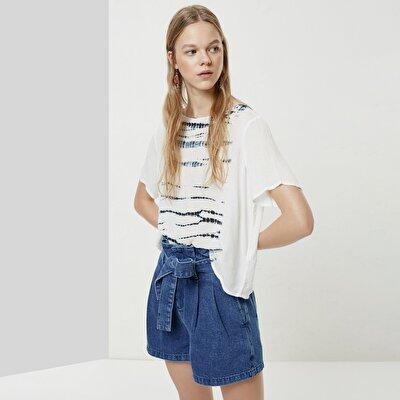 Batik Detaylı Kısa Kollu Bluz