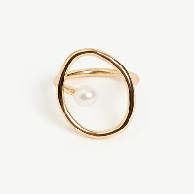 Ring With Acrylic Pearl