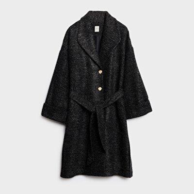 Kemer Detaylı Rahat Form Palto